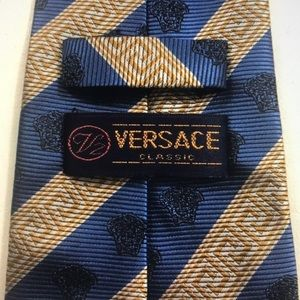 VTG Versace Medusa & Greek Key Silk Mens Tie/Italy
